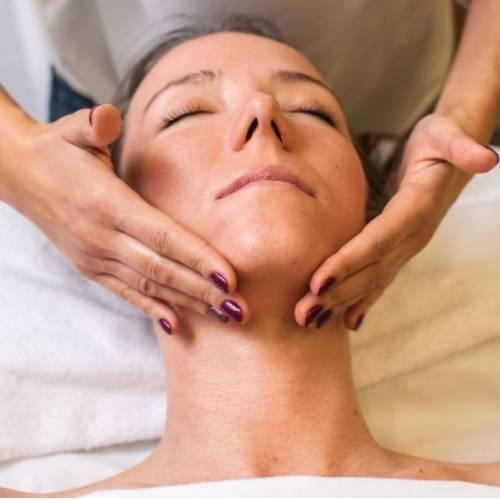 Hyaluronic smoothing treatment